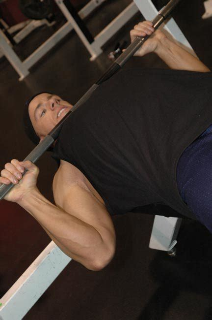 bench press shoulder impingement avoiding a bench press blowout rotator cuff exercises