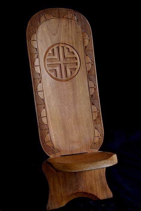 siege africain la chaise 224 palabre ou chaise de gardien meuble africain