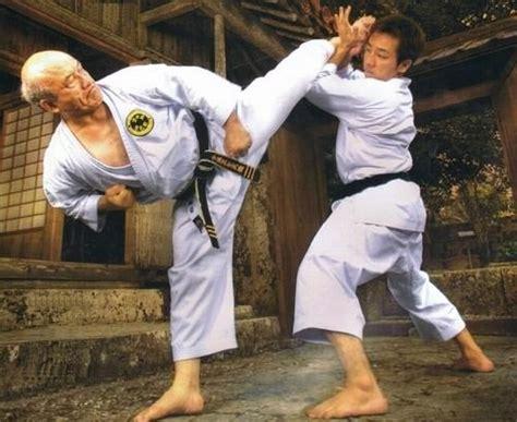 history of okinawa karate japan karate do hakua kai hanshi zenpo shimabukuro and his son sensei zenshun