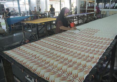 Una Batik26 soffia il vento dell est malaysia 26 tra batik e mercati