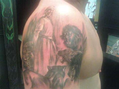 lions den tattoo daniel and the lions den
