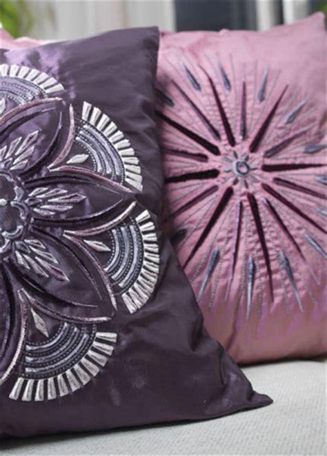embroidery design on velvet velvet thread embroidery makaroka com