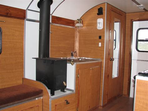 5 RV Stoves or Cooktops For Cooking On the Road