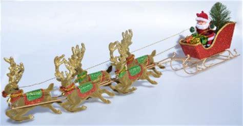 moving tree ornaments peters flying santa 5 reindeer moving tree