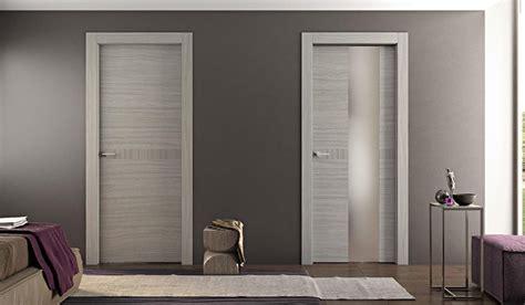 porte casa arredare casa come scegliere il colore delle porte