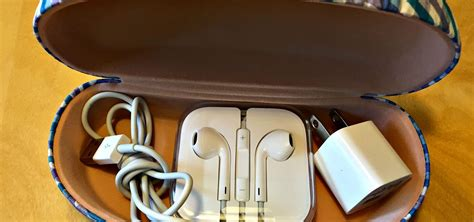 how to store chargers easy storage hack for iphone charger and headphones