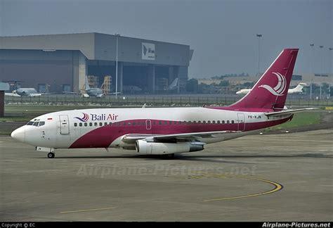 Air Bali pk kjn bali air boeing 737 200 at jakarta soekarno hatta intl photo id 65630 airplane