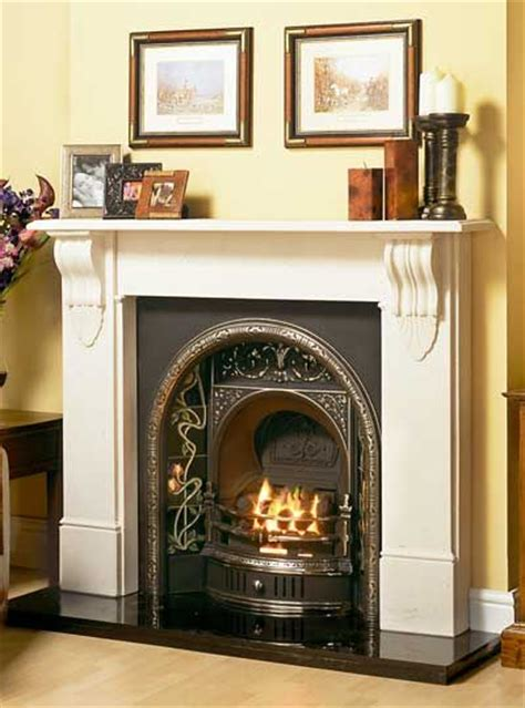 Gas Fireplace Inserts Uk by 25 Best Ideas About Fireplace On