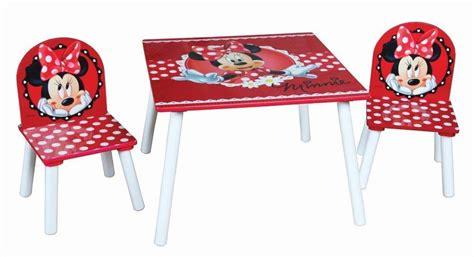 tavolo e sedie per bambini disney disney minnie set tavolo 2 sedie in legno rosso fumetto
