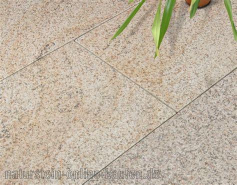 Terrassenplatten Aus Granit by Terrassenplatten Granit Gelb Naturstein Kaufen De