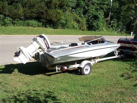 outboard boat motors for sale in iowa glastron carlson cv16 1976 outboard 110 hp johnson boat