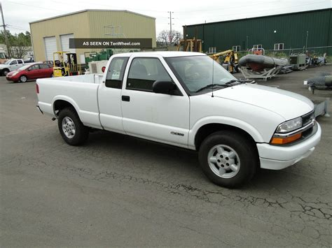 2001 chevrolet s10 2001 chevrolet s10 extended cab 4x4 up truck
