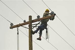 Powerline Technician Apprenticeship by Lineworker