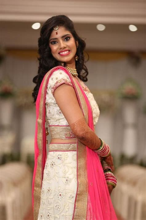 lehenga hairstyles for oval face best hairstyles to try with traditional lehenga choli