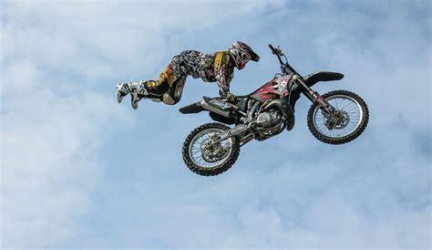 best motorcycle stunts the craziest motorcycle stunts the wanderlost biker