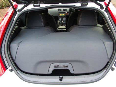volvo c30 luggage cover volvo c30 volvo