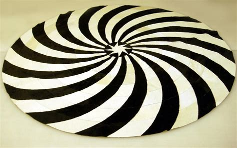 black and white circle rug black and white rug rugs ideas