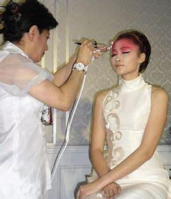 Alat Airbrush Make Up chenny han produksi sendiri alat make up airbrush okezone lifestyle