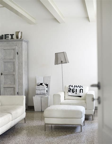 White Living Room by White Living Room Design Decosee