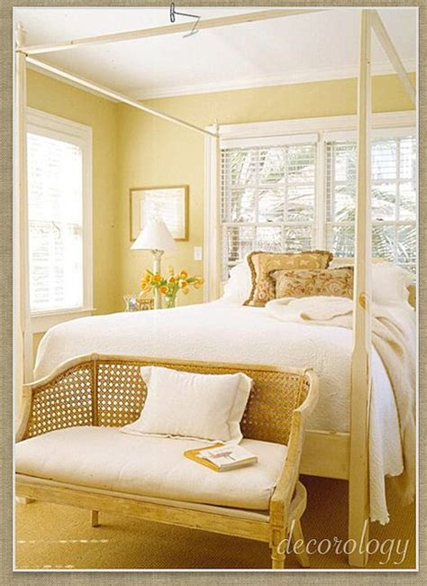 light yellow bedroom ideas 25 best ideas about pale yellow bedrooms on