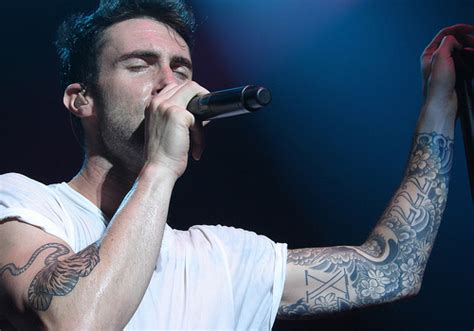 maroon 5 tattoo 25 adam levine tattoos creativefan