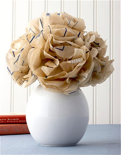 sewing pattern paper flowers diy paper flowers and pom poms weddingbee