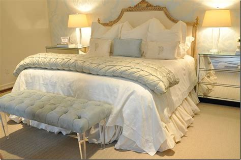 cream and white bedroom neutral bedroom decor white and cream bedding with pop of