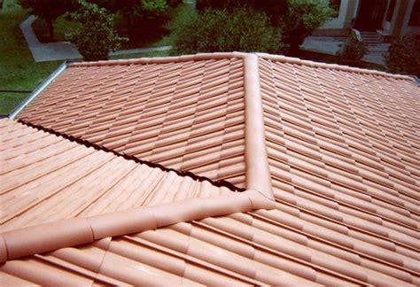 tettoie in plastica prezzi coperture tetti in plastica rivestimento tetto varie