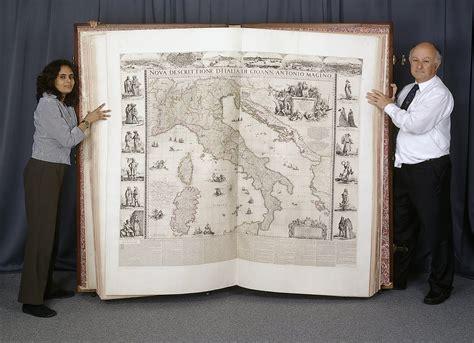 libro les grands arrts de the world s largest atlas big think