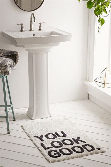 bathroom outfitters 25 best ideas about bathroom mat on pinterest bathroom