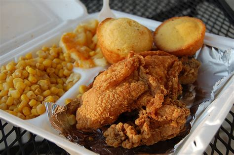 what goes well with southern comfort quiz can you identify your soul food dishes popsugar food