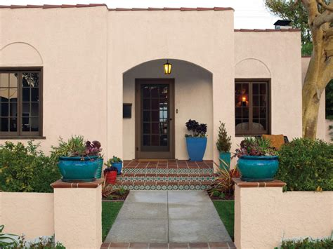 small mediterranean style homes curb appeal tips for mediterranean style homes hgtv