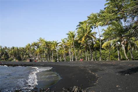 punaluu beach file punaluu black sand beach hawaii usa8 jpg