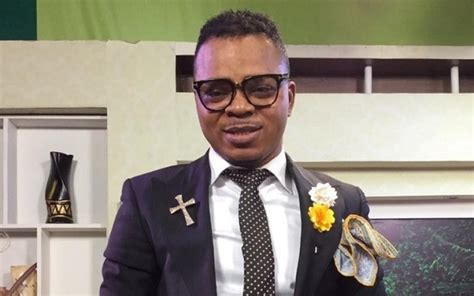 pastor anthony daniels ghanian pastor claims he was the angel who rolled the
