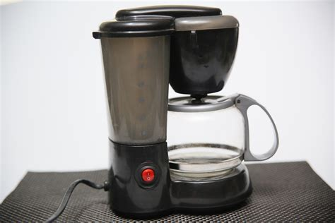 how to clean a coffee maker with vinegar with pictures wikihow