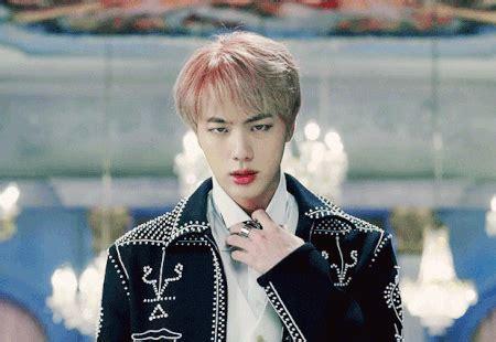 bts visual bts jin visual is eye catching netizen nation onehallyu