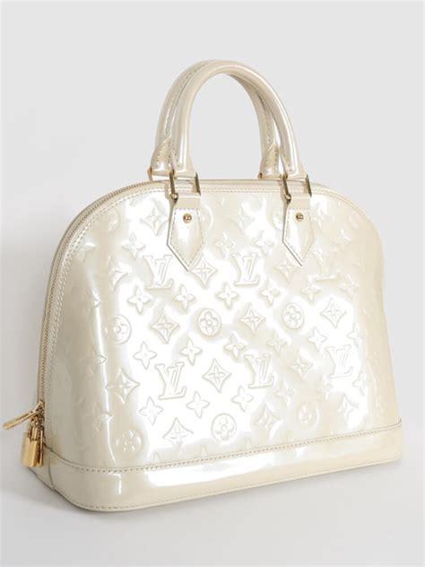 alma pm monogram vernis handbags louis vuitton alma pm monogram vernis leather blanc