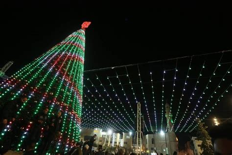 xmas lights switched off in bethlehem in protest over