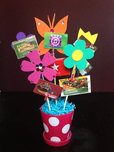 make a gift card southern mess saw it pinned it did it gift card bouquet