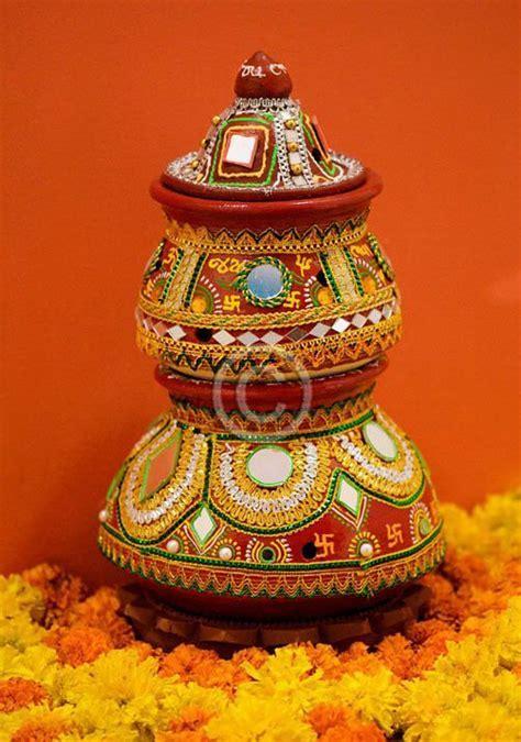 Colourful matkas   ~Mehndi Rang Lai~   Diy diwali