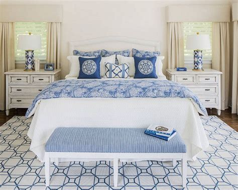 blue and white bedroom decor 25 best ideas about blue white bedrooms on pinterest