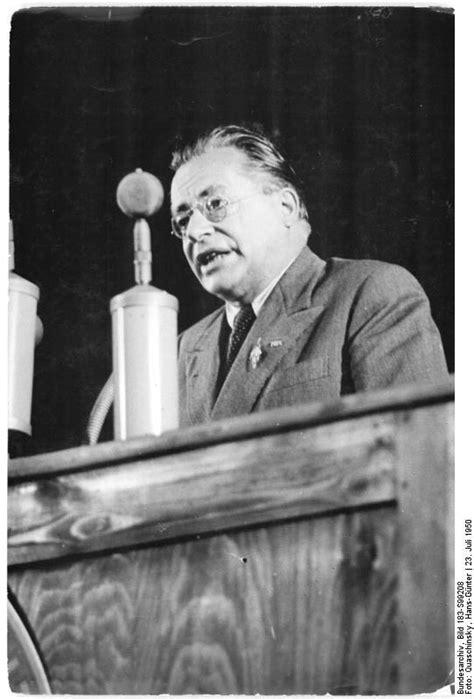 Palmiro Togliatti - Wikipedia