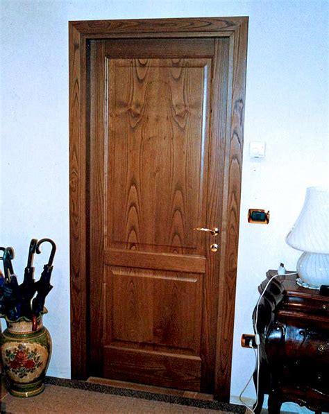 porte per interni in legno massello prezzi arredi fiorelli porte classiche per interni in legno