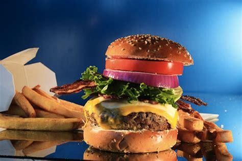 Backyard Burger Atlanta Yard House Restaurant To Replace Dolce At Atlantic Station