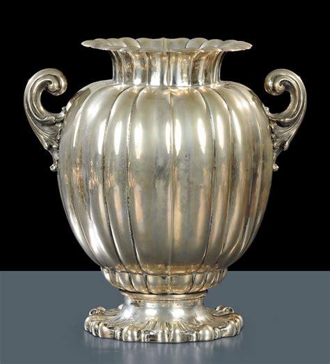 vaso argento grande vaso in argento con due manici a ricciolo genazzi