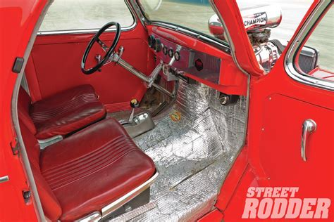 Gasser Interior by 301 Moved Permanently