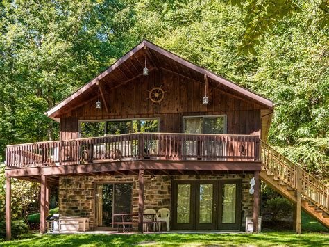 Raystown Cabin Rentals by A Charming Spacious Mountaintop Retreat Homeaway