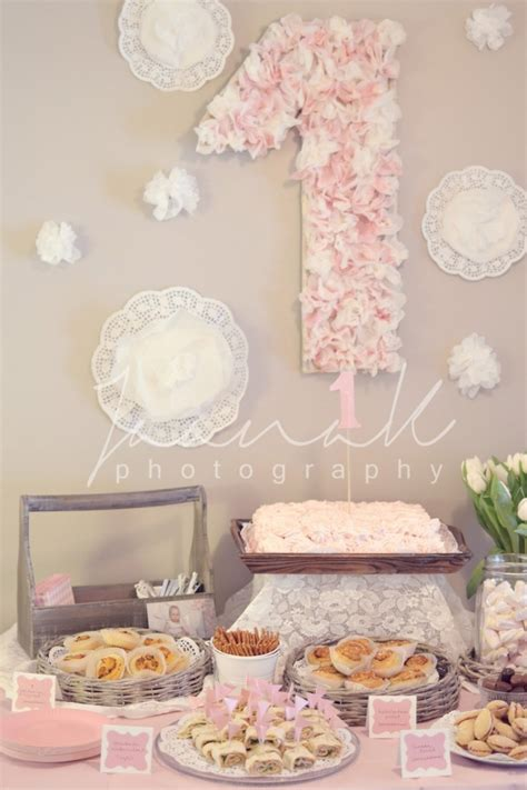 1st birthday themes girl pinterest birthday party ideas for one year old baby girl cakes gold