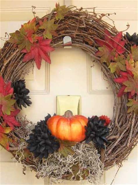 Handmade Door Decorations - handmade door wreaths offering great craft ideas and cheap