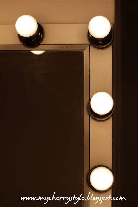 Diy Lighted Vanity Mirror by 25 Best Ideas About Diy Vanity Mirror On